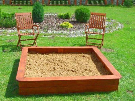 открытая песочница для детей